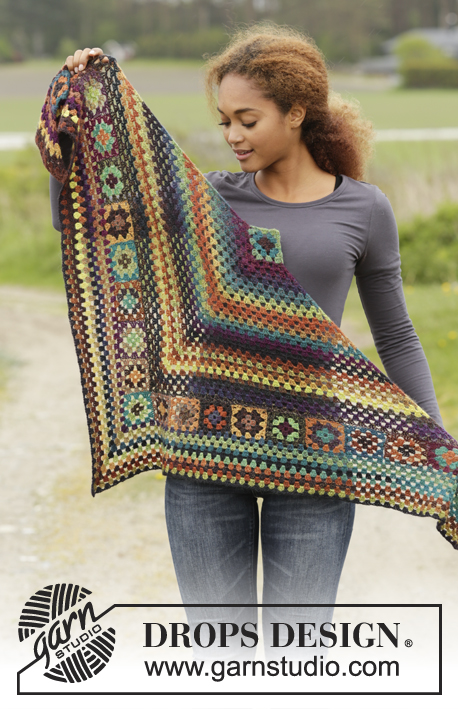 "Autumn Harvest / DROPS 171-43 - Crochet DROPS shawl with granny squares and trebles in ""Delight""."