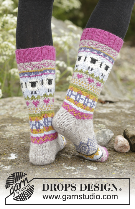 "Sleepy Sheep / DROPS 173-45 - Knitted DROPS socks with multi-colored pattern in ""Karisma""."