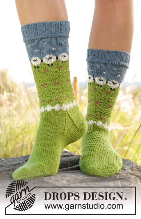 Summer Grazing DROPS 6060 Free Knitting Patterns By DROPS Design Extraordinary Knitted Socks Pattern Free