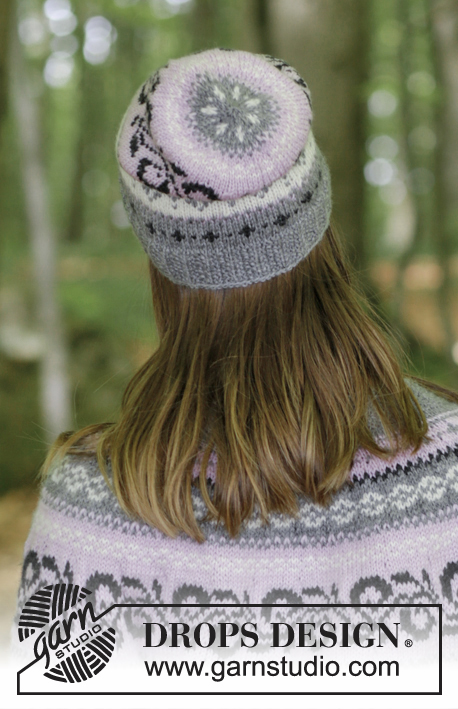 Telemark Hat / DROPS 179-12 - Knitted hat with multi-coloured Norwegian pattern. Size S/M.