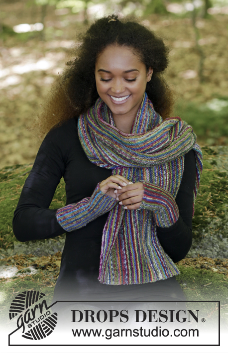 Stripes in Monaco Set / DROPS 180-28 - The set consists of: Knitted scarf and wrist warmers in garter stitch and stripes, worked sideways.