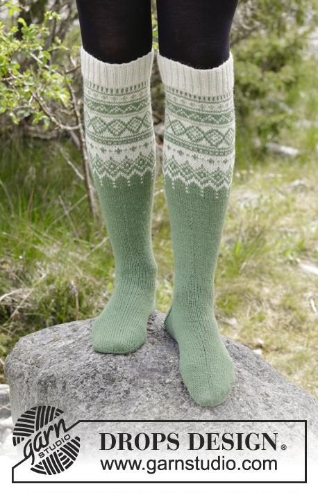 Perles du Nord Socks / DROPS 180-3 - Free knitting patterns by DROPS ...