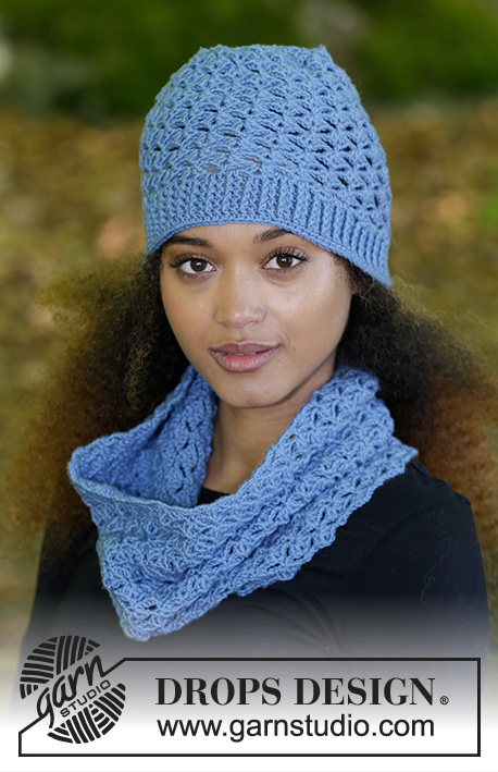 Smiles of Indigo / DROPS 182-2 - Set consists of: Hat and neck warmer with fan pattern, worked top down.