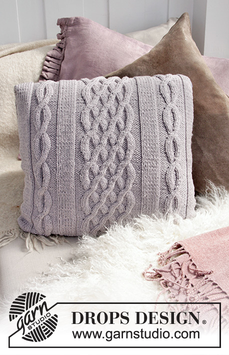 Norfolk Pillow / DROPS 183-35 - Povlak na polštář s copánkovým vzorem pletený z příze DROPS Big Merino.