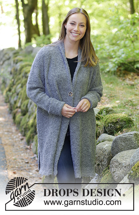 Forest Mist / DROPS 184-17 - Knitted jacket with shawl collar, split in sides and diagonal shoulders. Sizes S - XXXL.