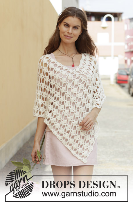 Hymn of Light / DROPS 187-28 - Crocheted poncho with fan pattern. Size: S - XXXL Piece is crocheted in DROPS Big Merino.