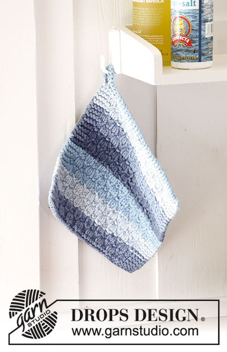 Cornish Blues / DROPS 189-19 - Knitted potholder with textured pattern and stripes. The piece is worked in 2 strands DROPS Paris.