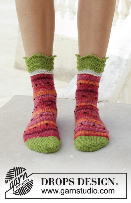 72de07a32 Fruity Feet   DROPS 189-26 - Free knitting patterns by DROPS Design