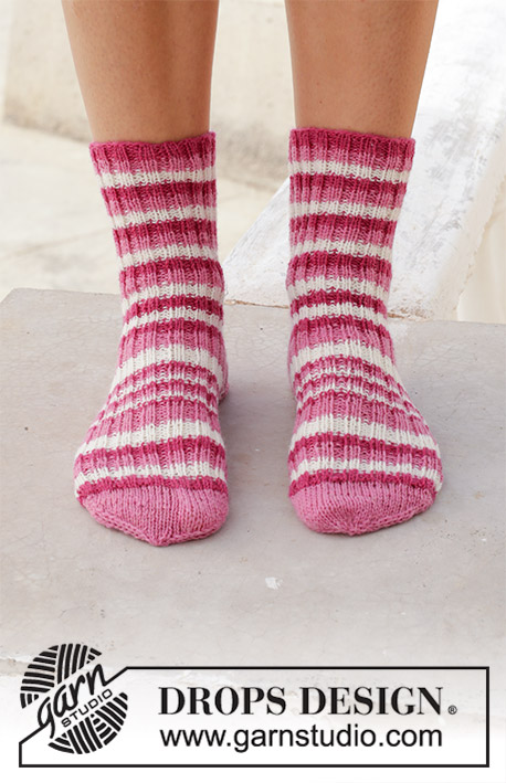 Cherry Waves / DROPS 189-28 - Knitted socks with rib and stripes. Piece is knitted in DROPS Fabel.