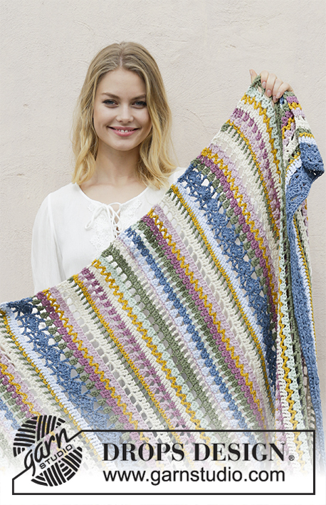 Mountain River / DROPS 189-5 - Crochet blanket with stripes and lace pattern. Piece is crocheted in DROPS Paris.