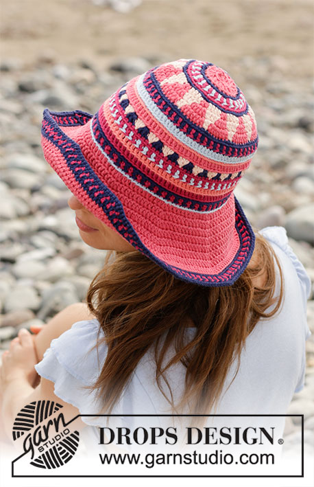 Bazar Hat / DROPS 190-19 - Crocheted hat with multi-colored pattern. The piece is worked in DROPS Paris.