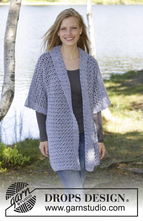 Viola Hive / DROPS 194-34 - Crocheted jacket in DROPS BabyMerino. The piece is worked with lace pattern and kimono-sleeves. Sizes S - XXXL.