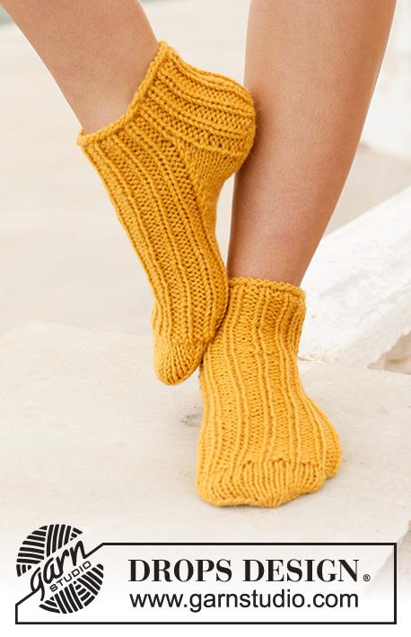 0d68d549a7f4 Sun Spun Socks / DROPS 198-14 - Gratis stickmönster från DROPS Design
