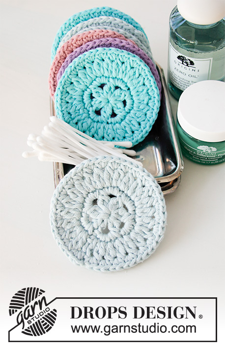 Beauty Pads / DROPS 198-35 - Crocheted makeup pads in DROPS Paris. Worked in the round in a circle.