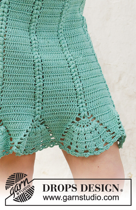 Sea Shell / DROPS 202-41 - Crocheted skirt with puff stitches and fan edge. Piece is crocheted top down in DROPS Muskat. Size: S - XXXL