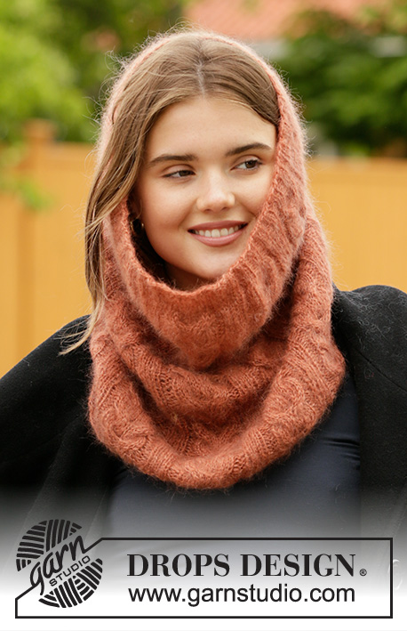 Warm Feelings / DROPS 204-30 - Knitted neck warmer in 2 strands DROPS Kid-Silk or 1 strand Brushed Alpaca Silk. The piece is worked with cables.
