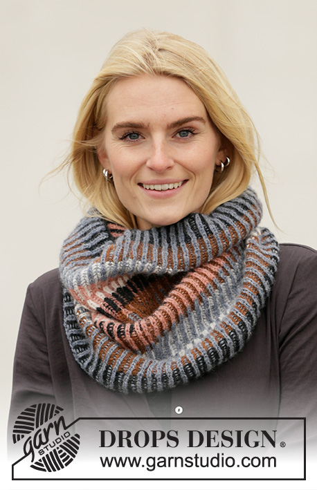 Lake Autumn Cozy / DROPS 204-4 - Knitted tube-shaped neck warmer in DROPS Sky. The piece is worked with 2-colored English rib and stripes.