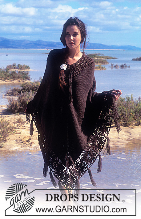 Moondance / DROPS 64-23 - DROPS Poncho in Ull-Bouclé with crocheted flower squares and fringes