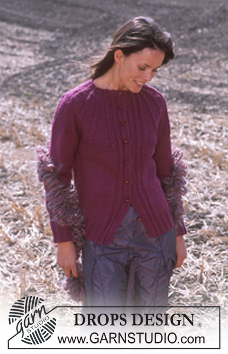DROPS 92-19 - DROPS Cardigan in Karisma and woolly Boa.