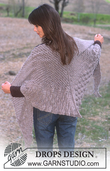 DROPS 93-37 - DROPS Shawl in Alpaca with berry and leaf pattern
