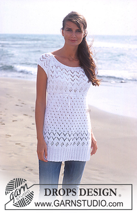 "Lovely in Lace / DROPS 94-24 - DROPS Langes Top mit Lochmuster in ""Safran"""