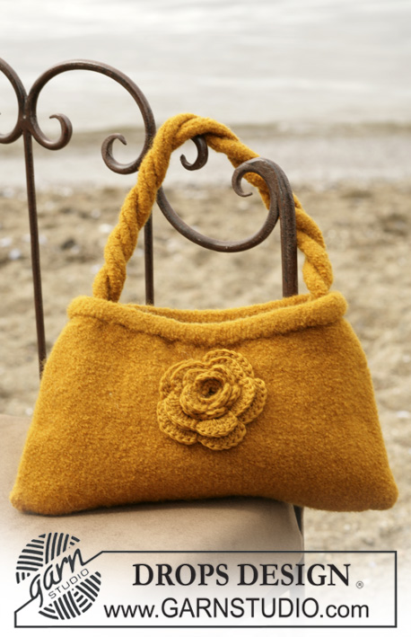 DROPS 98-50 - DROPS Felted bag with crochet flower in Alaska.