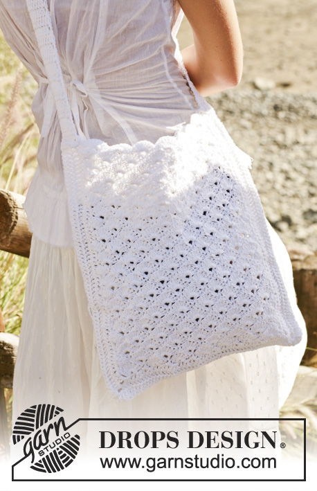 "White Honey Comb / DROPS 99-24 - DROPS Crochet bag in ""Bomull-Lin""."