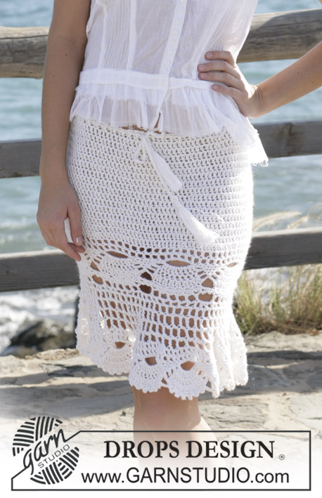 "Artemis / DROPS 99-5 - DROPS dress or skirt crochet in a ""mussel"" pattern made with ""Alpaca"" and ""Cotton Viscose"". Sizes S - XXL"