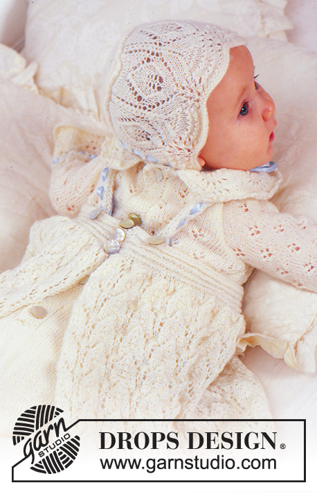 Angel Kissed / DROPS Baby 11-15 - DROPS Doopjurk, mutsje en broekje met kantpatroon in DROPS BabyAlpaca Silk