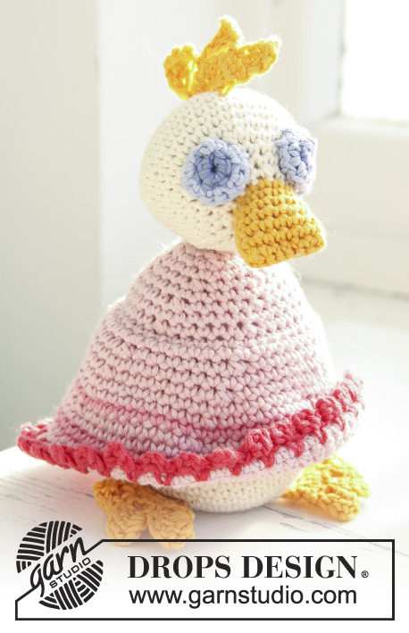 Mama Duck / DROPS Baby 13-29 - Crochet duck toy in DROPS Safran or DROPS Muskat