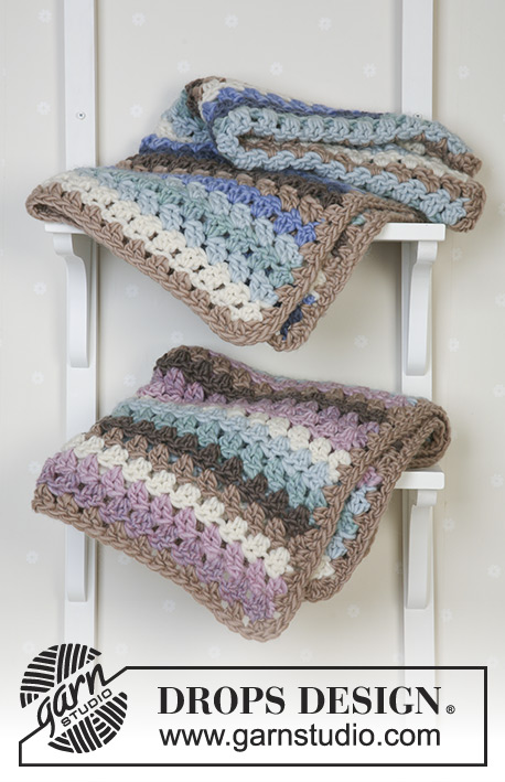 Teppekos / DROPS Baby 14-21 - Crochet blanket in 2 different colors with Eskimo