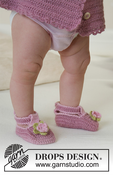 Little Miss Berry Shoes / DROPS Baby 14-8 - DROPS Schoentjes van Alpaca.