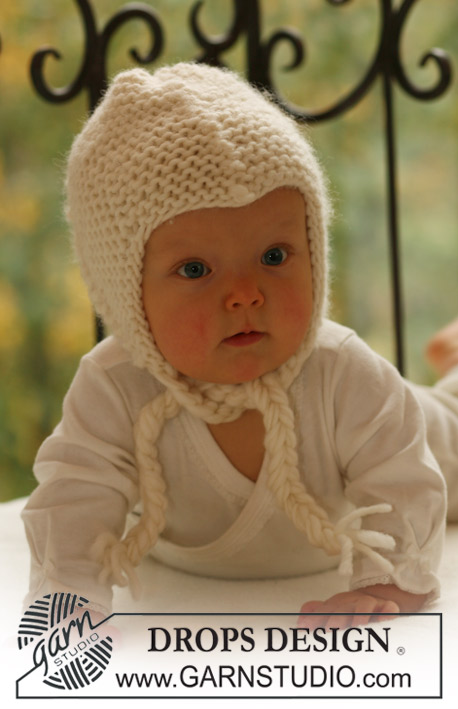 Pilot Cuddles / DROPS Baby 16-12 - Knitted bonnet in garter st for baby and children in DROPS Eskimo