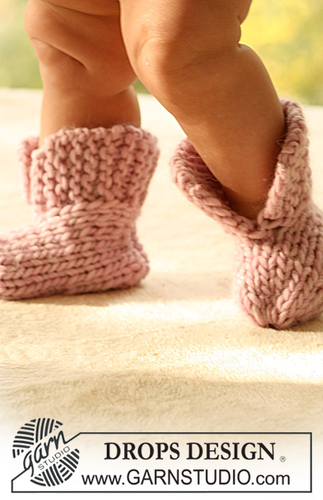 Little Peach Socks / DROPS Baby 16-7 - Knitted booties for baby and children in DROPS Eskimo
