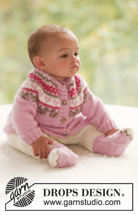 Baby Squirrel / DROPS Baby 17-18 - Set of knitted cardigan with round yoke, squirrel and heart detail, plus socks and pants in rib st for baby and children in DROPS Alpaca