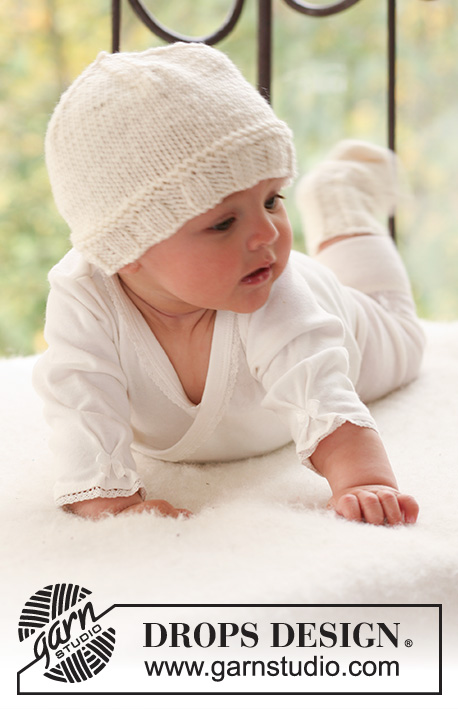 Cream Dream Hat / DROPS Baby 17-19 - Set of knitted hat and socks for baby and children in DROPS Merino Extra Fine