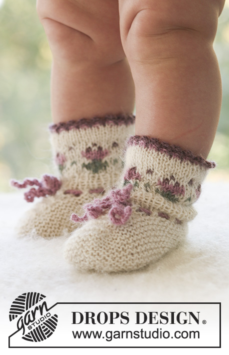 Easter Finest Socks / DROPS Baby 17-20 - Knitted socks with flower detail for baby and children in DROPS Alpaca