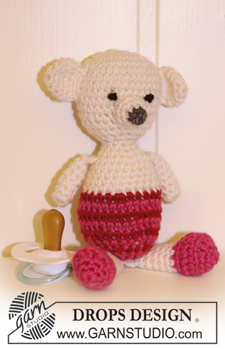 Molly Bear / DROPS Baby 19-13 - Crochet teddy bear in DROPS Merino Extra Fine