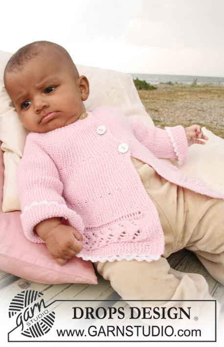 DROPS Baby 20-12 - Jacket knitted from side to side in garter st and lace pattern for baby and children in DROPS BabyMerino
