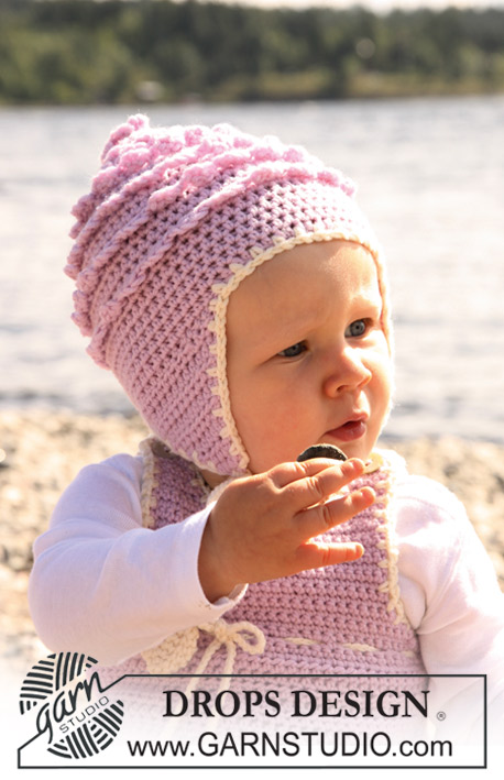 Sweet Little Cupcake Hat / DROPS Baby 20-19 - Crochet hat with lace borders and frills for baby and children in DROPS Merino Extra Fine