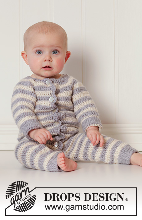 Baby Blues / DROPS Baby 25-34 - Crochet baby overall with raglan and stripes in DROPS Karisma. Size 0 - 4 years.