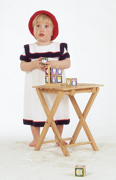 "Sailor Girl / DROPS Baby 4-12 - DROPS dress and crochet hat in ""Safran""."