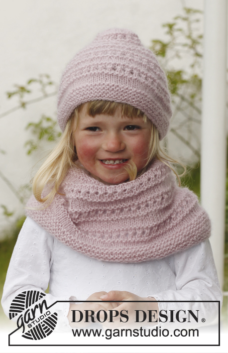 Mini Me / DROPS Children 23-11 - Knitted hat and neck warmer with lace pattern in DROPS Alpaca and DROPS Kid-Silk. Size children 3 to 12 years.