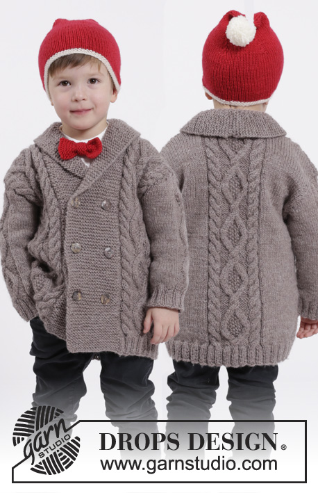 Charming Cooper / DROPS Children 26-16 - Set of knitted jacket with cables and shawl collar, hat with pompom and bow in DROPS Karisma. Size children 3 - 12 years.