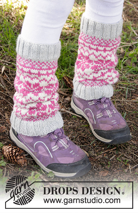 Forest Dance Legwarmers / DROPS Children 27-10 - Knitted leg warmers with Nordic pattern in DROPS Karisma. Size children 3 - 12 years.