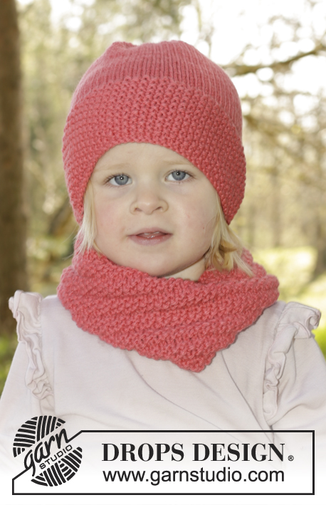 Papaya Punch / DROPS Children 27-14 - Set of knitted neck warmer and hat with moss st in DROPS Nepal. Size children 1 - 10 years