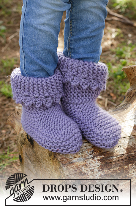 Plum Crumble / DROPS Children 27-16 - Knitted children slippers in garter st with picot edge in DROPS Eskimo.
