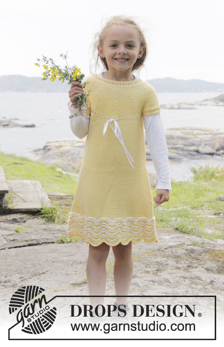 Bright Smile / DROPS Children 28-1 - Knitted dress in garter st with wave pattern, round yoke and buttons in the back, in DROPS Cotton Merino. Size children 3 - 14 years