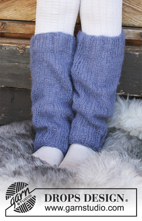 Bl / DROPS Children 30-26 - Children's knitted leg warmers with rib and stocking stitch. Sizes 3 - 12 years. The piece is worked in DROPS Brushed Alpaca Silk.