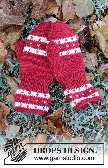 Candy Cane Lane Mittens / DROPS Children 34-36 - Knitted mittens with Nordic pattern for children in DROPS Karisma. Size 1 - 12 years